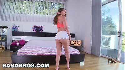 Chica con impresionante cuerpo video porno